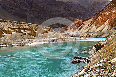 De rivier van Sangam