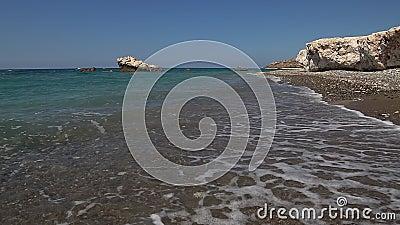 De rotsen van Cyprus Aphrodite stock footage