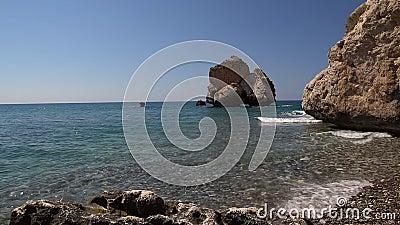 De rotsen van Cyprus Aphrodite stock videobeelden