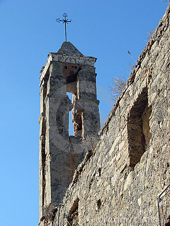 De Ruïnes van de kerk