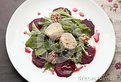 De salade van bieten met geitkaas