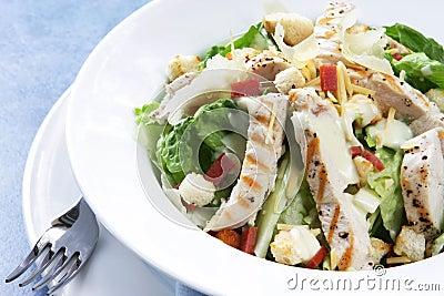 De Salade van Caesar van de kip