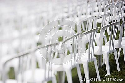 De stoelen van het publiek