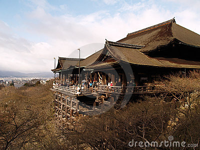 De Tempel van Kiyomizu, Kyoto Japan Redactionele Afbeelding