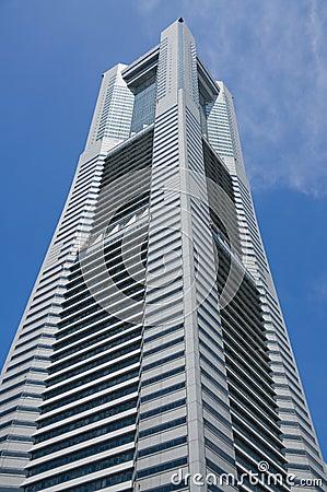 De Toren van het oriëntatiepunt in Yokohama