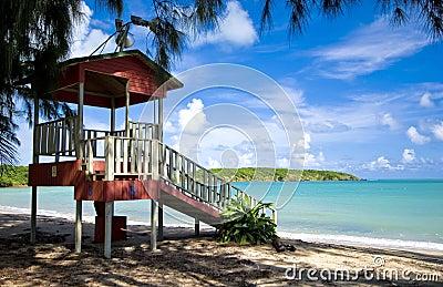 De tribune van de badmeester, zeven overzees strand