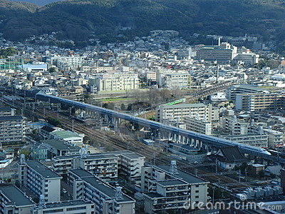 De Ultrasnelle trein van Shinkansen