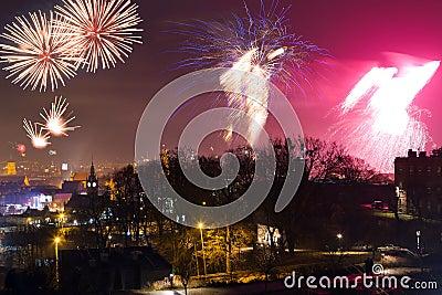 De vertoning van het vuurwerk in Gdansk