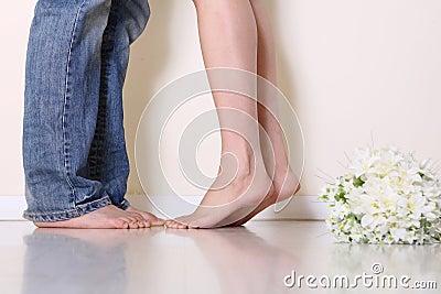 De voeten van het paar