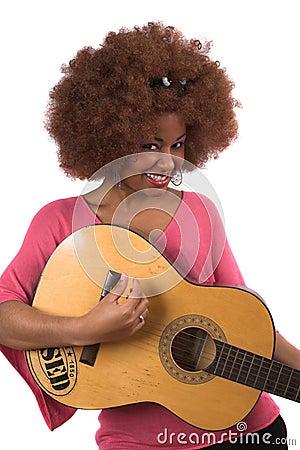 De vrouw van de gitaar