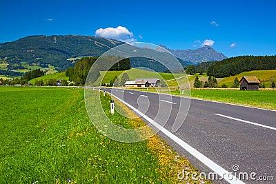 De weg van alpen