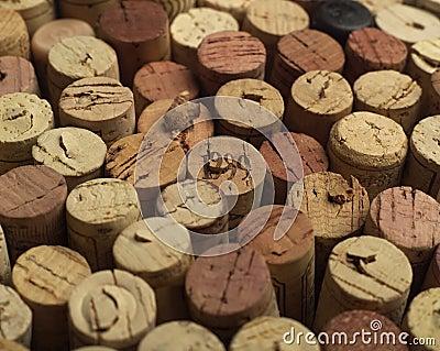 De wijn kurkt
