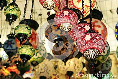 De winkel van de kroonluchter stock fotografie afbeelding 13178492 - Oostelijk licht ...