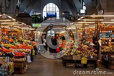 De zaal van de markt Redactionele Fotografie