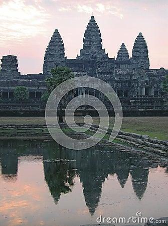 De zonsopgang van Angkorwat