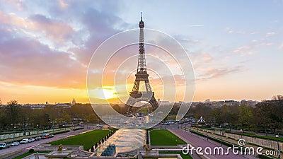 De zonsopgang van Parijs