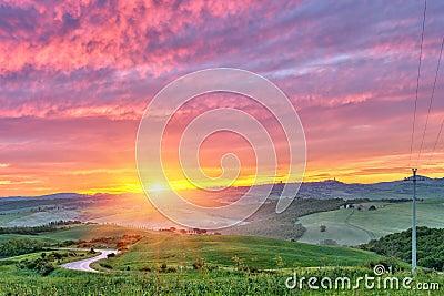 De zonsopgang van Toscanië