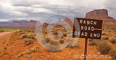 Dead end ranch road