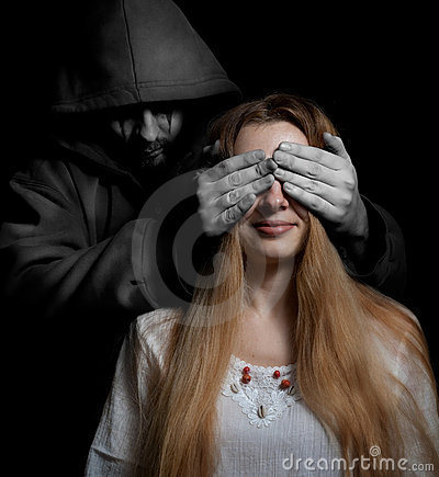 Free Death Concept: Woman Surprised By Evil Man Royalty Free Stock Photography - 11173027