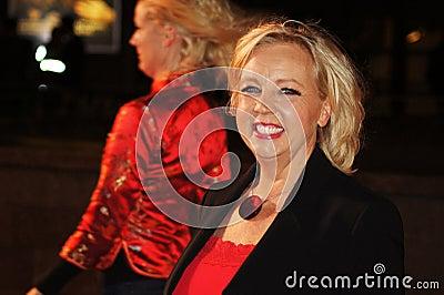 Deborah meaden красный цвет премьеры Редакционное Стоковое Фото