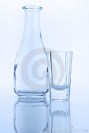 Decanter and glass for vodka