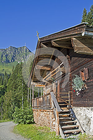Dechant hut in Tyrol