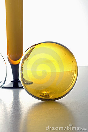 Free Deco Vase And Glass Balls Stock Photography - 5400092