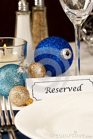 Decorated Holiday Table Setting