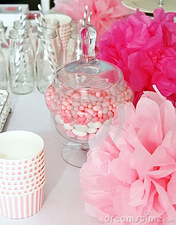 Free Decorated Table For A Baby Shower Stock Photography - 46895582