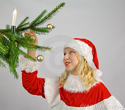 Decorating a christmastree