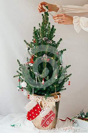 Free Decorating Miniature Real Christmas Tree With Vintage Decorations Stock Photography - 83752782