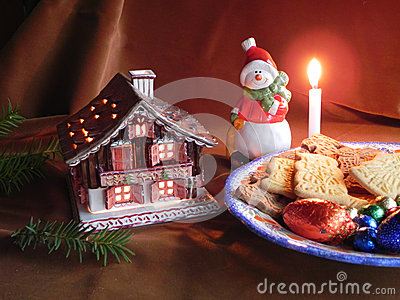 Decorations and Christmas biscuits