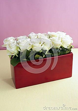 Decorative artificial flowers