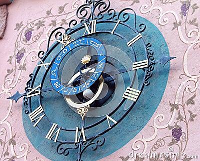 Decorative astronomical clock