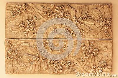 Decorative craving flower ornament
