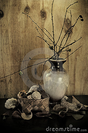 Decorative pot arrangement