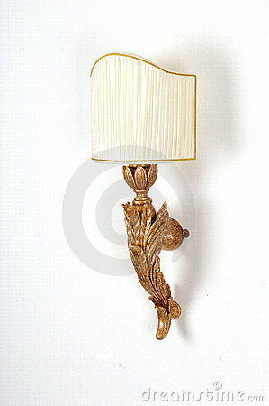 Decorative wooden wall lamp