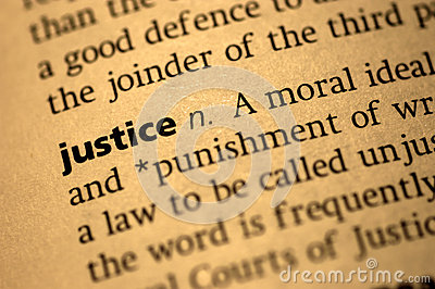 the defintion of justice by socrates Socrates has at last provided a definition of justice this definition bears strong resemblance to the two definitions of justice put forward in book i cephalus ventured that justice was the honoring of legal obligations, while his son polemarchus suggested that justice amounts to helping one's friends and harming one's enemies.