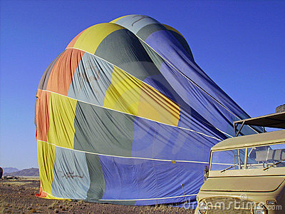Deflating balloon