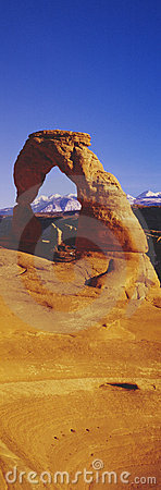 Delicate Arch & La Sal Mountains,