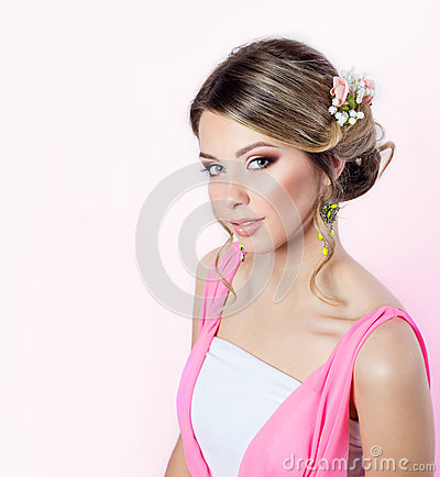 Free Delicate Image Of A Beautiful Woman Girl Like A Bride With Bright Makeup Hairstyle With Flowers Roses In The Head In A Pink Dress Stock Image - 48489191