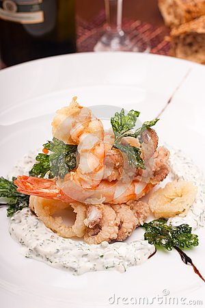 Delicatessen dish with seafoods