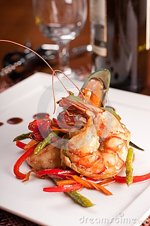 Delicatessen dish with seafoodsshrimp, prawn, muss