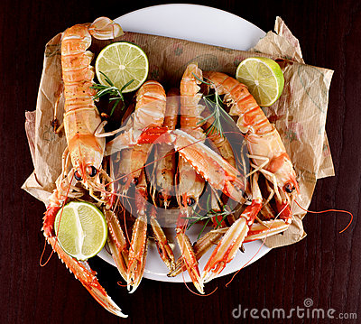 Free Delicious Grilled Langoustines Royalty Free Stock Photo - 68258205
