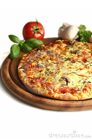 Free Delicious Pizza Stock Photo - 4478460