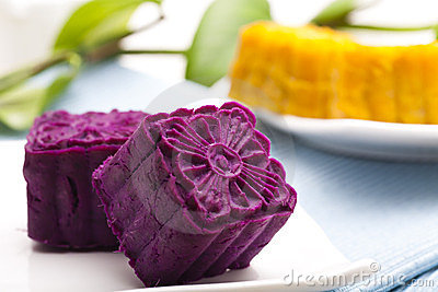 Delicious purple potato cakes