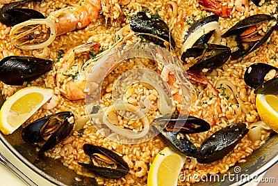 Delicious spanish paella