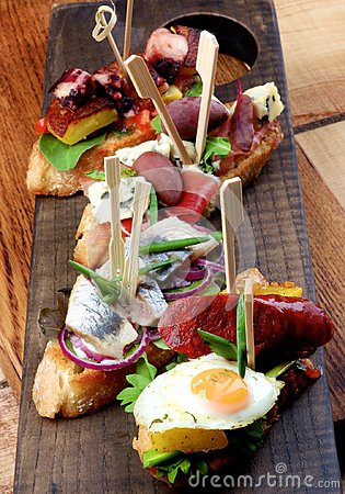 Free Delicious Spanish Tapas Royalty Free Stock Images - 119269069