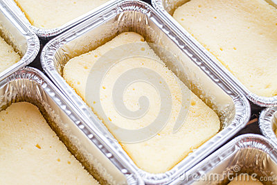 Delicious square box cheese cake