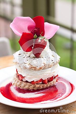 Free Delicious Strawberry Short Cake Stock Photo - 24632140